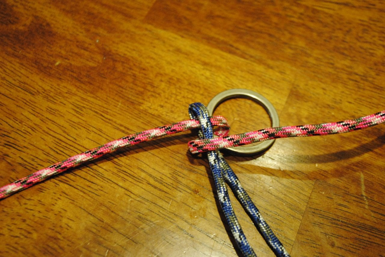 simple-paracord-keychain-3