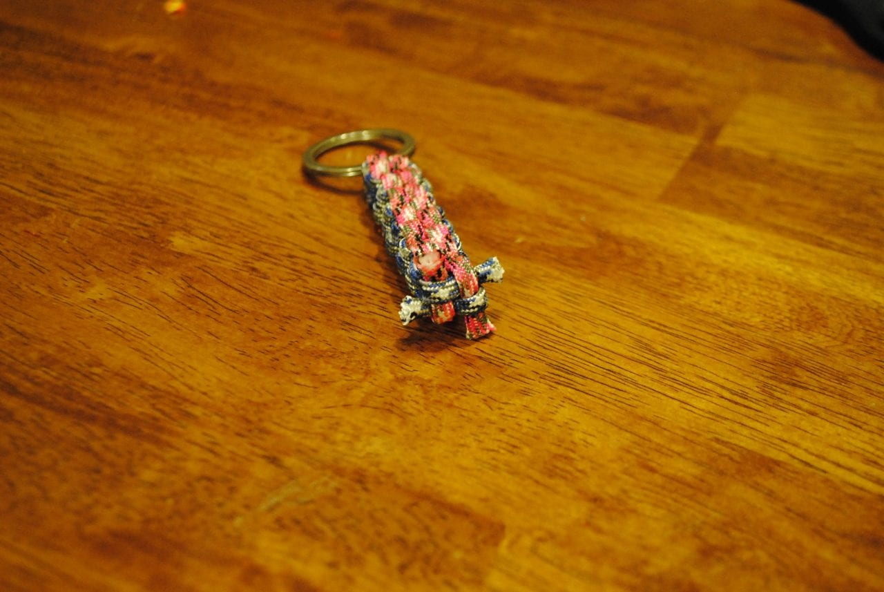 simple-paracord-keychain-9